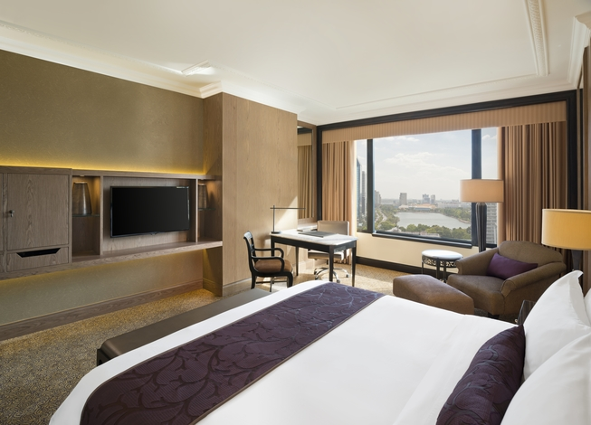 sheraton grande sukhumvit Experience a world class bangkok hotel when you book with starwood at sheraton grande sukhumvit, a luxury collection hotel, bangkok receive our best rates guaranteed plus complimentary wi-fi for spg members.