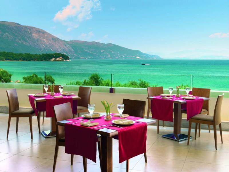 Гостиницу в остров Салоники на берегу моря
